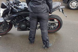 Le pantalon Ixon Amaris est bien étanche