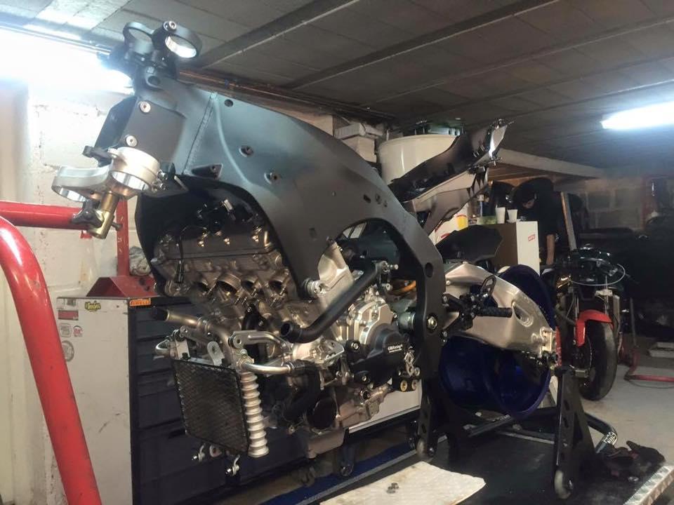 3 mars - Montage du moteur d'origine