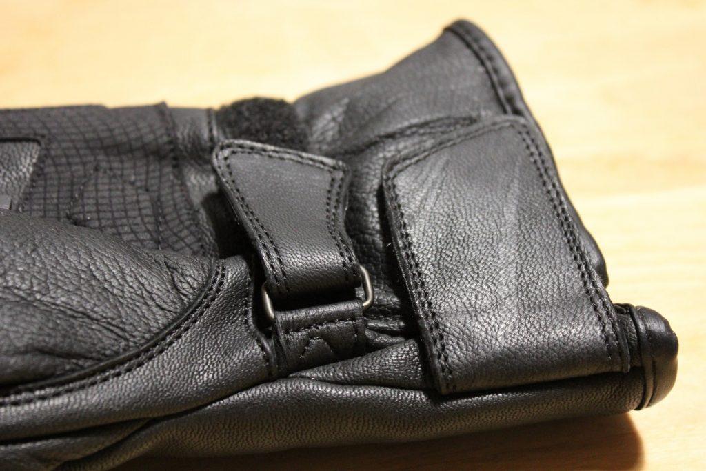 Gants DXR Evasion : serrages poignet et manchette