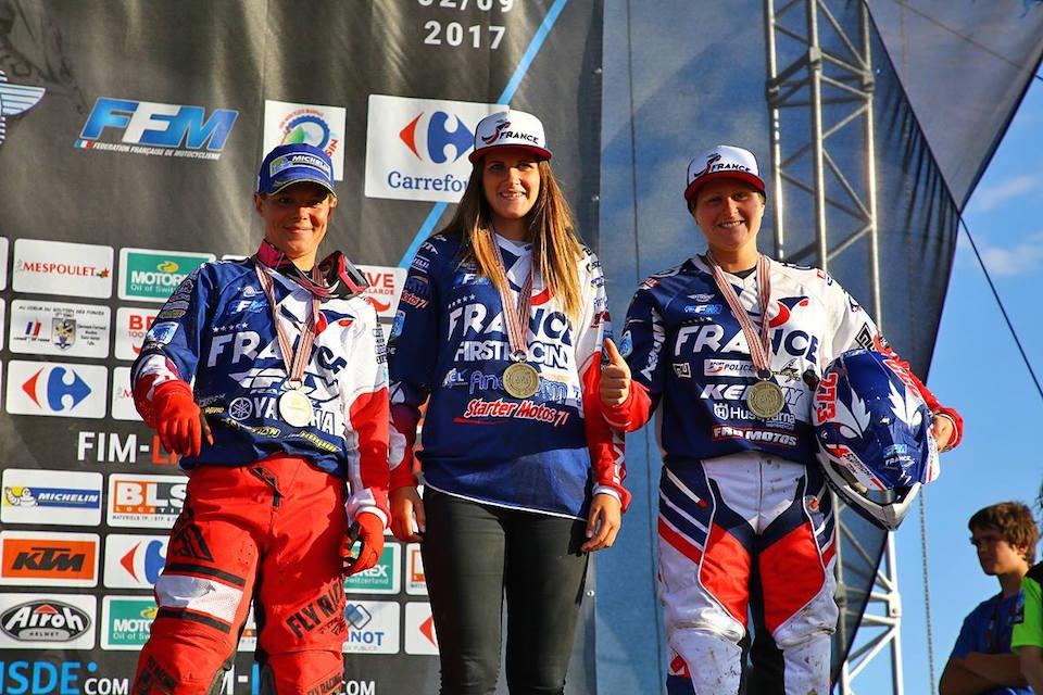 championnat du monde d'enduro 2017 : Médaille de bronze pour l'équipe de France féminine d'enduro. photo FFM.