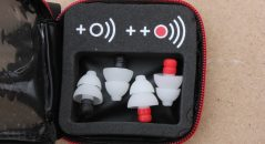 MotoSafe Pro - un code couleur et un pictogramme pour reconnaître les deux paires de protections