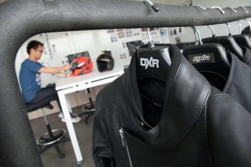 La fabrication en France est une nouvelle étape pour DXR, la marque textile et cuir de Motoblouz