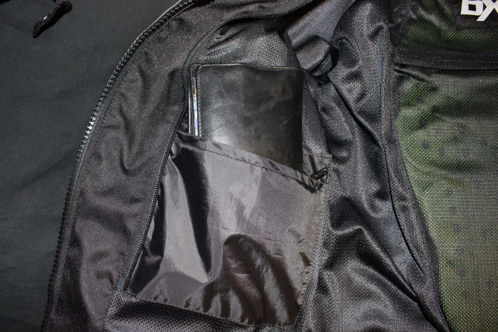 Poche portefeuille imperméable du blouson moto pour femme Diva Racer de DXR