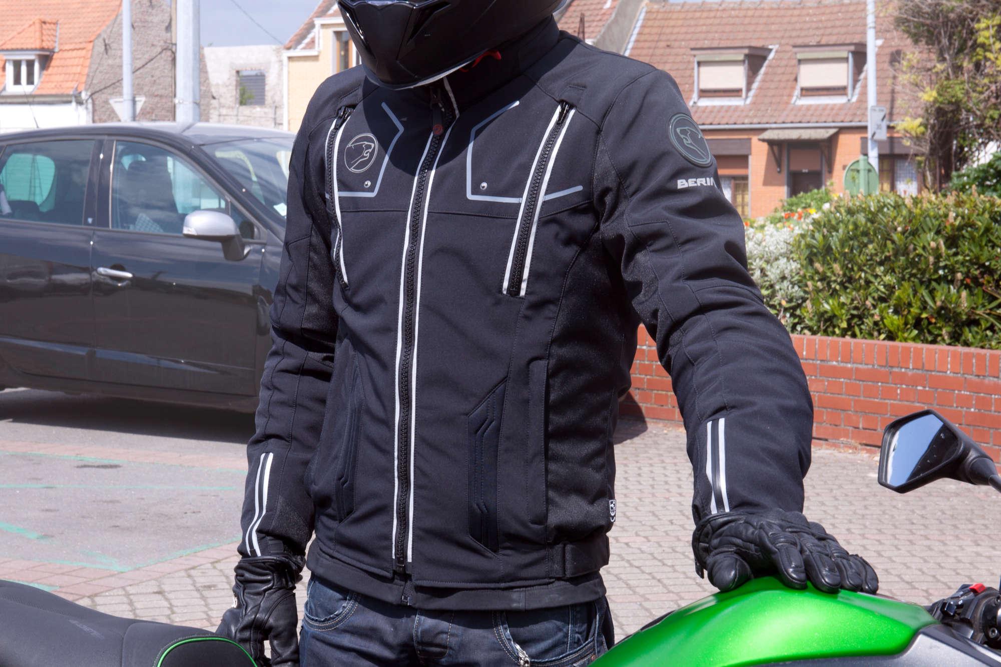 Equipement moto étanche