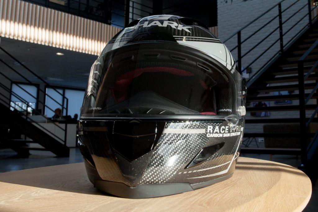 Le Race-R Pro ventile sévère quand vous ouvrez les vannes !