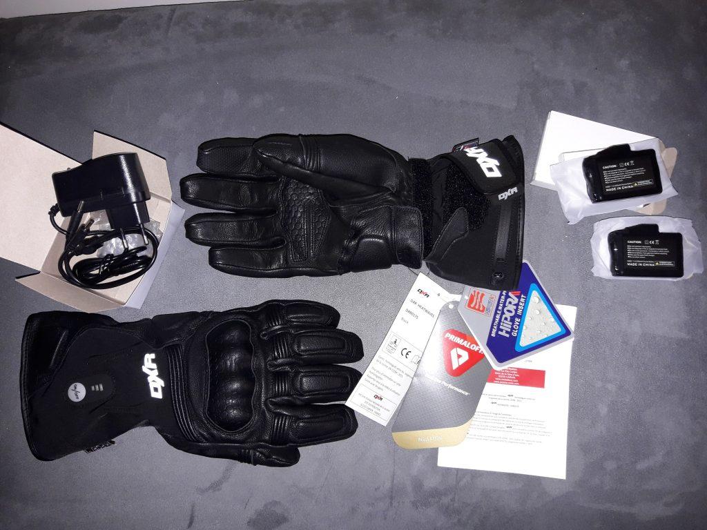 Voilà tout ce que contien le colis quand vous commandez les gants DXR Heatwaves