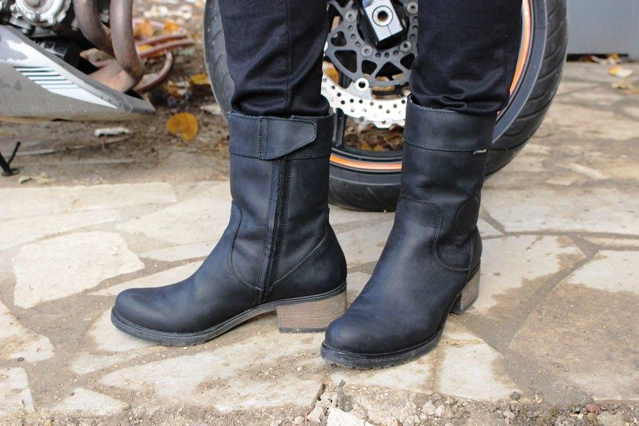 Bien choisir ses bottes de moto  Bottes-falco-ayda-profil-2-2