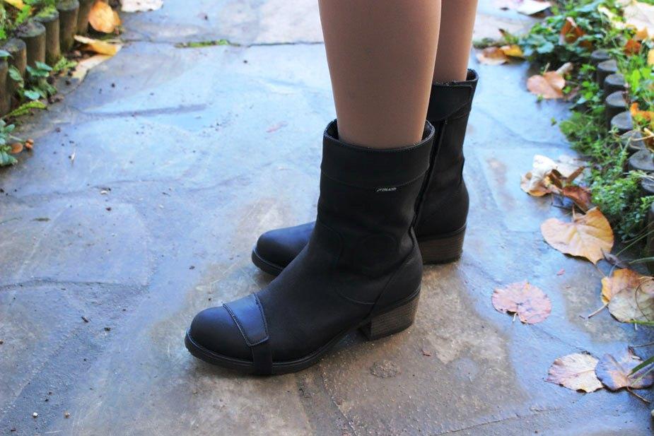 Les bottes Falco Ayda équipées du renfort sélecteur amovible. Pas très efficace…