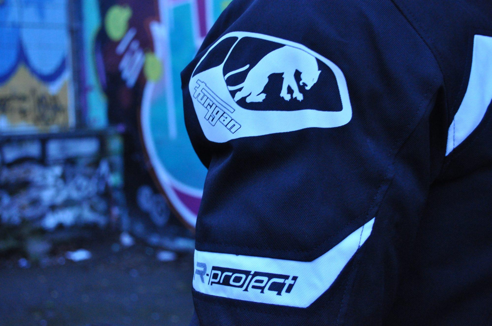 Blouson Furygan ARROW : détail manche poche