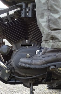 Les demi-bottes Falco Aviator laissent un bon feeling sur les commandes Falco laissent un bon feeling sur les commandes