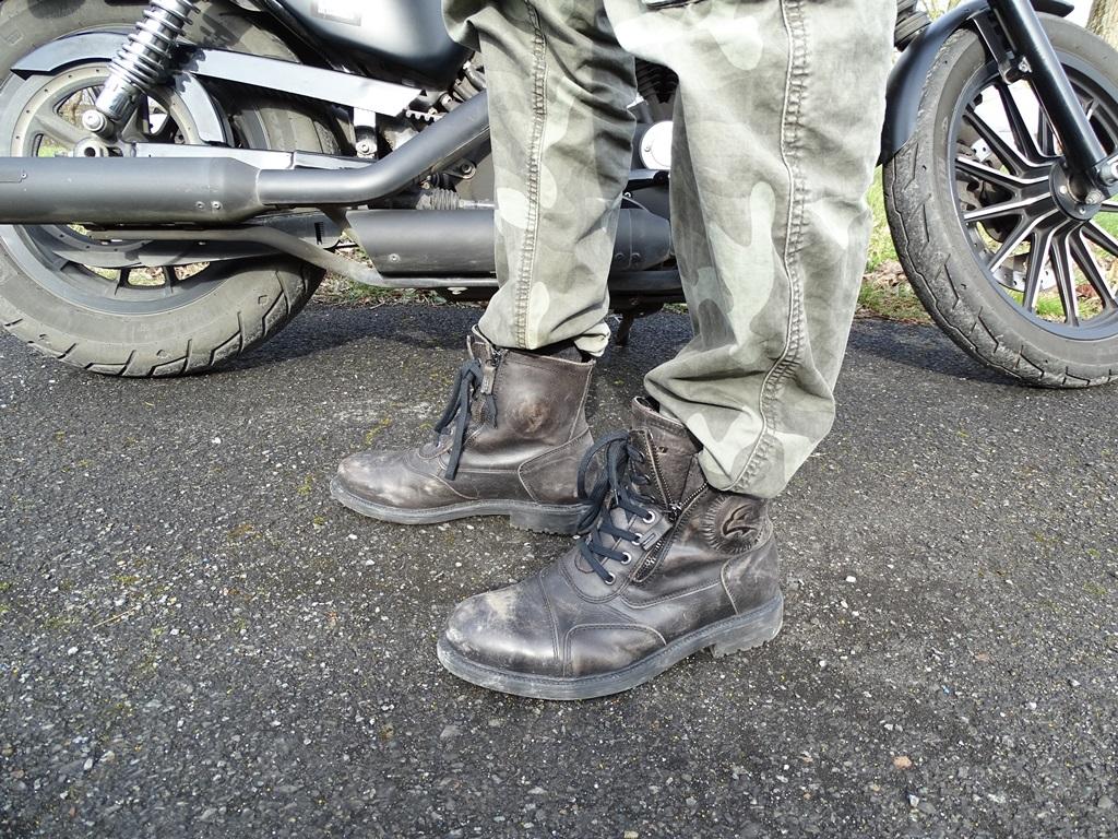 Demi-bottes Falco Aviator : Une fois le zip à moitié ouvert, nous avons à faire à de vrais chaussons