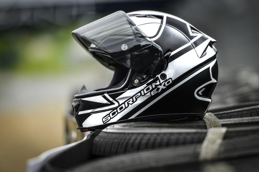 Scorpion EXO 1200 AIR Profil