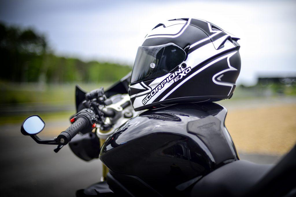 Scorpion EXO 1200 AIR vue profil