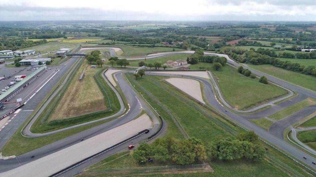 Le circuit du Val de Vienne offre un beau tracé pour la moto