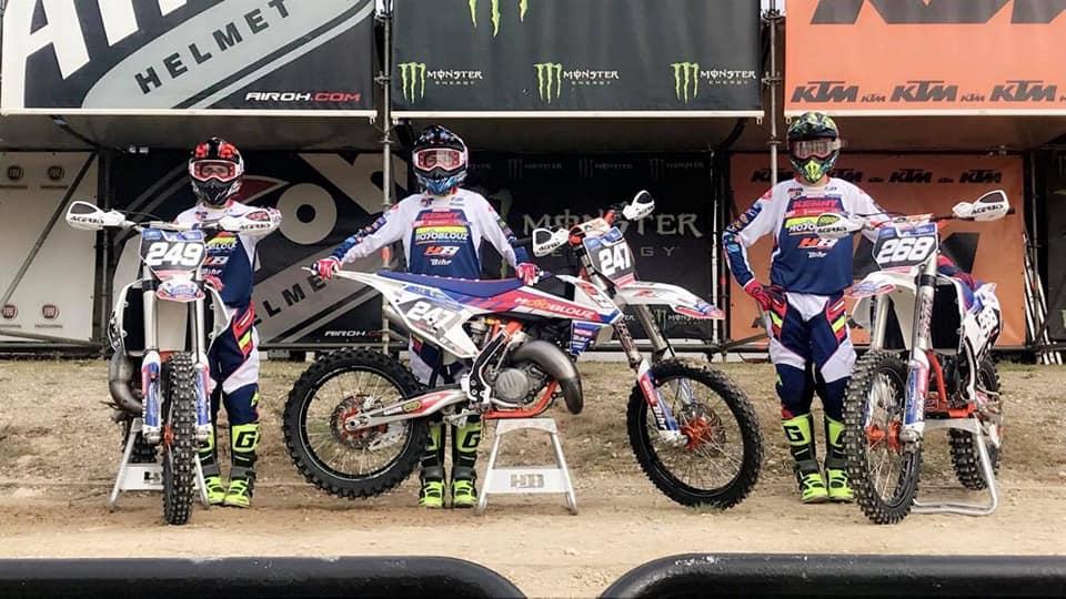 Les gars du team Motoblouz HB Racing prêts pour la Suisse