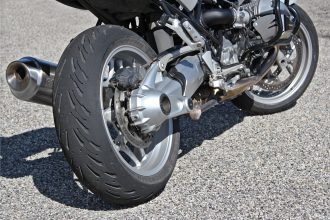 Michelin Road 5 sur BMW