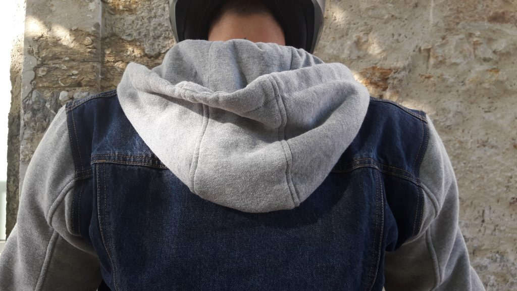 Le blouson Segura Kurt dispose d'une capuche amovible, gris chiné en coton, juste pour le look