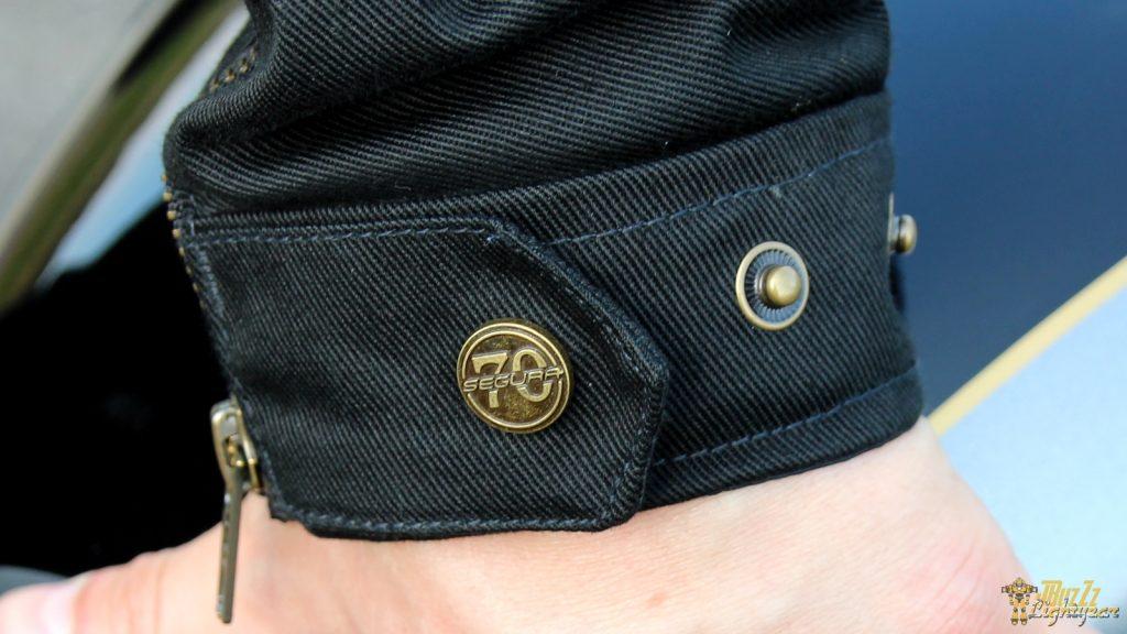 Segura soigne les finitions : le blouson Segura Sentinel est exemplaire et les coutures sont superbes