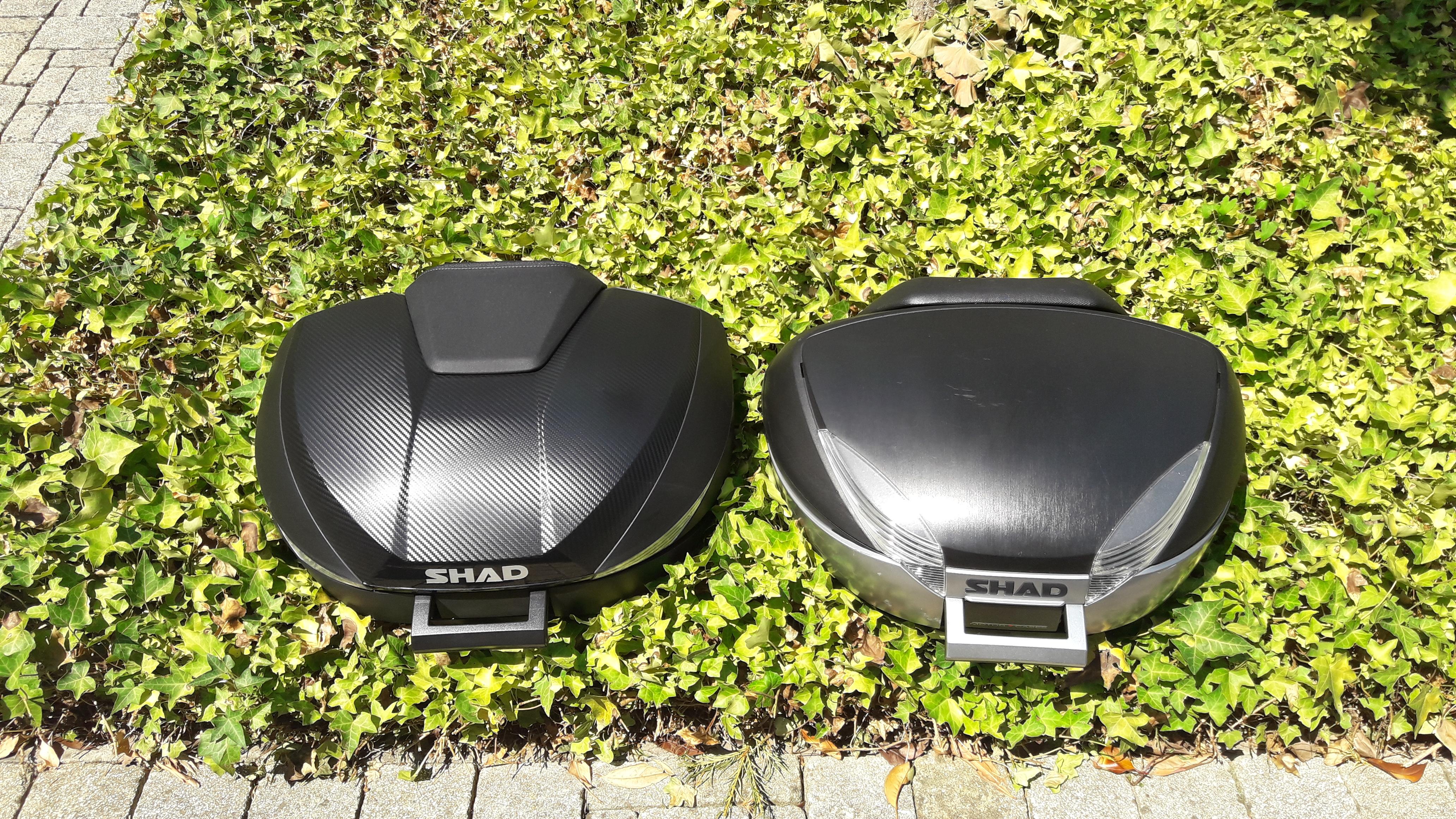 Le top case Shad SH 58X versus le SH 48, du dessus.
