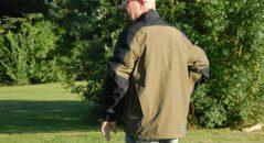 Focus sur la veste Klim Traverse de dos.