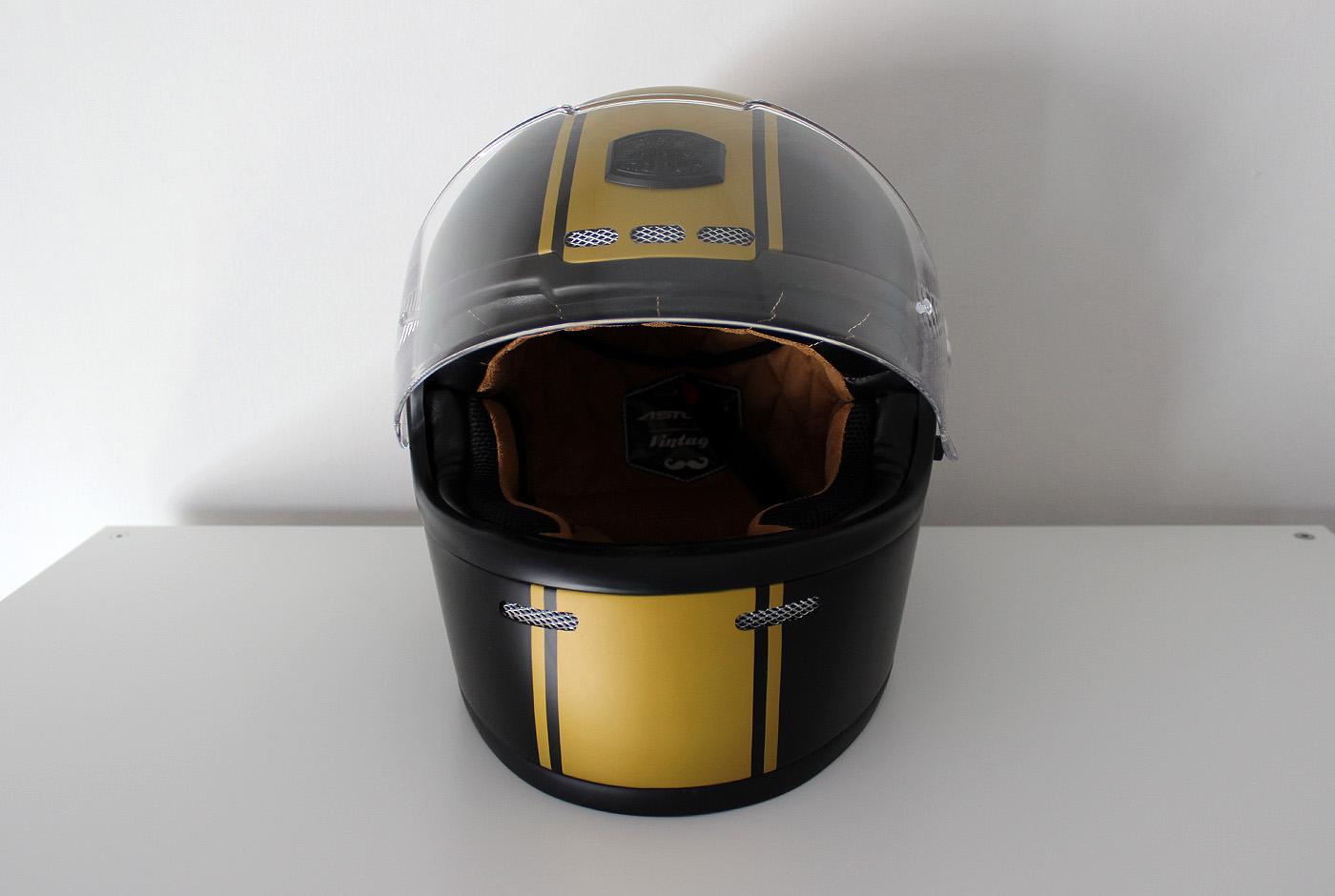 Style Dirt Track pour le casque Astone GT Retro