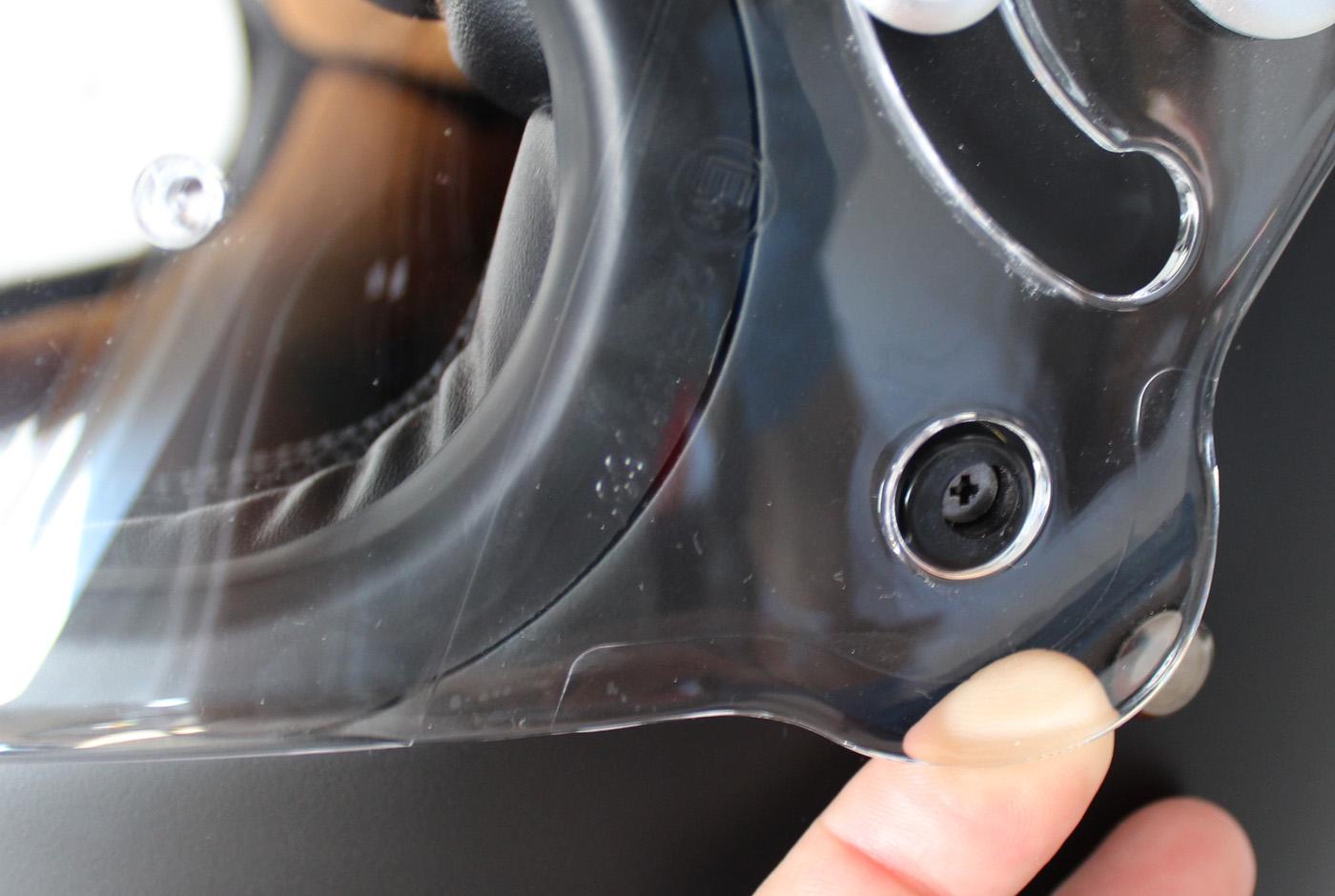 Ouverture du casque Astone GT Retro