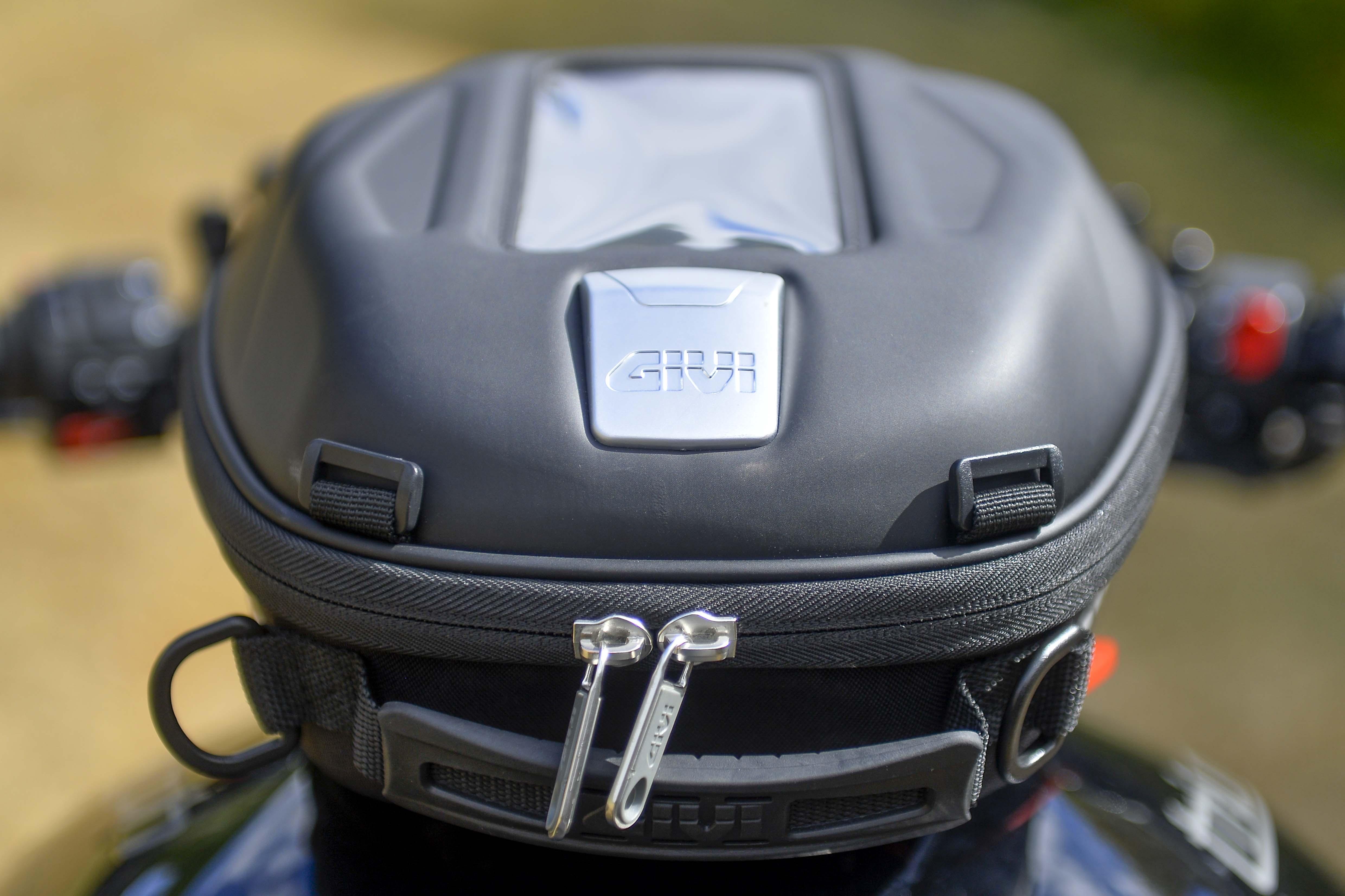 Sacoche de réservoir GIVI ST 602 Sport-T