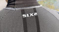Col du tee-shirt technique Six2 TS3