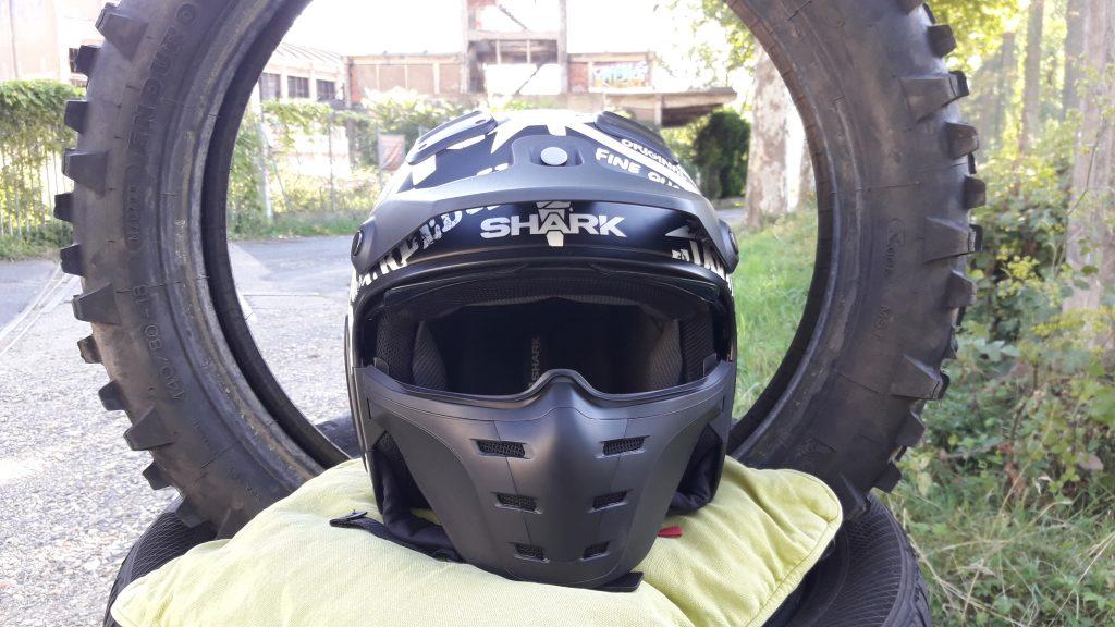 Un look off-road hardcore pour le casque jet Shark X-Drak