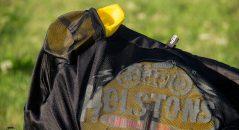 Protections d'épaule homologuées pour le Modelo mesh de Helstons