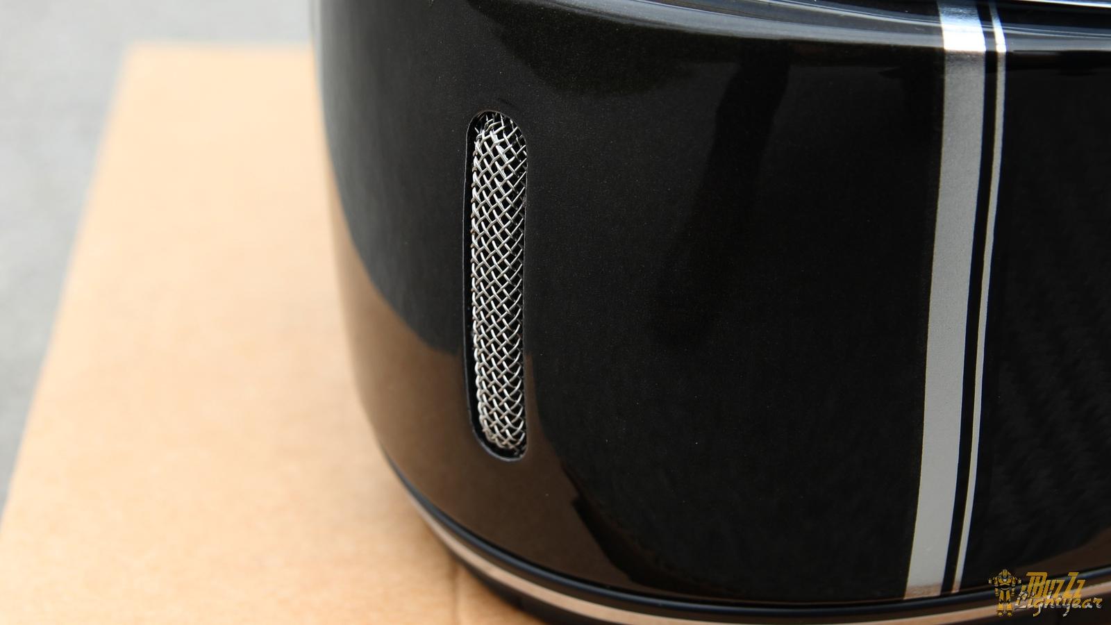 Une seule aération sur le casque NEXX X.G100 Racer