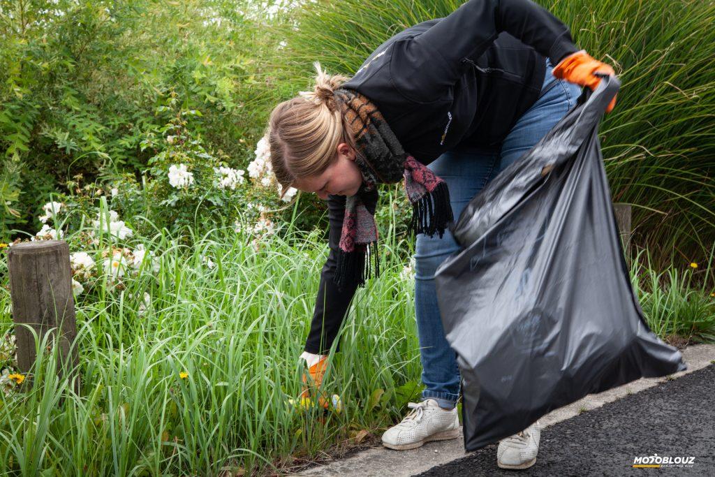 Le World CleanUp Day chez Motoblouz… Y'a du boulot !