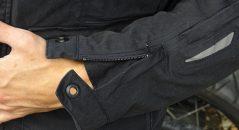 Ouverture de manche de la veste Furygan Zeno