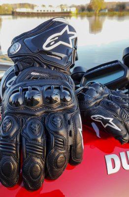 Essai complet des gants racing Alpinestars GP Pro