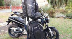La sacoche de réservoir Kappa RA311R en mode bandoulière