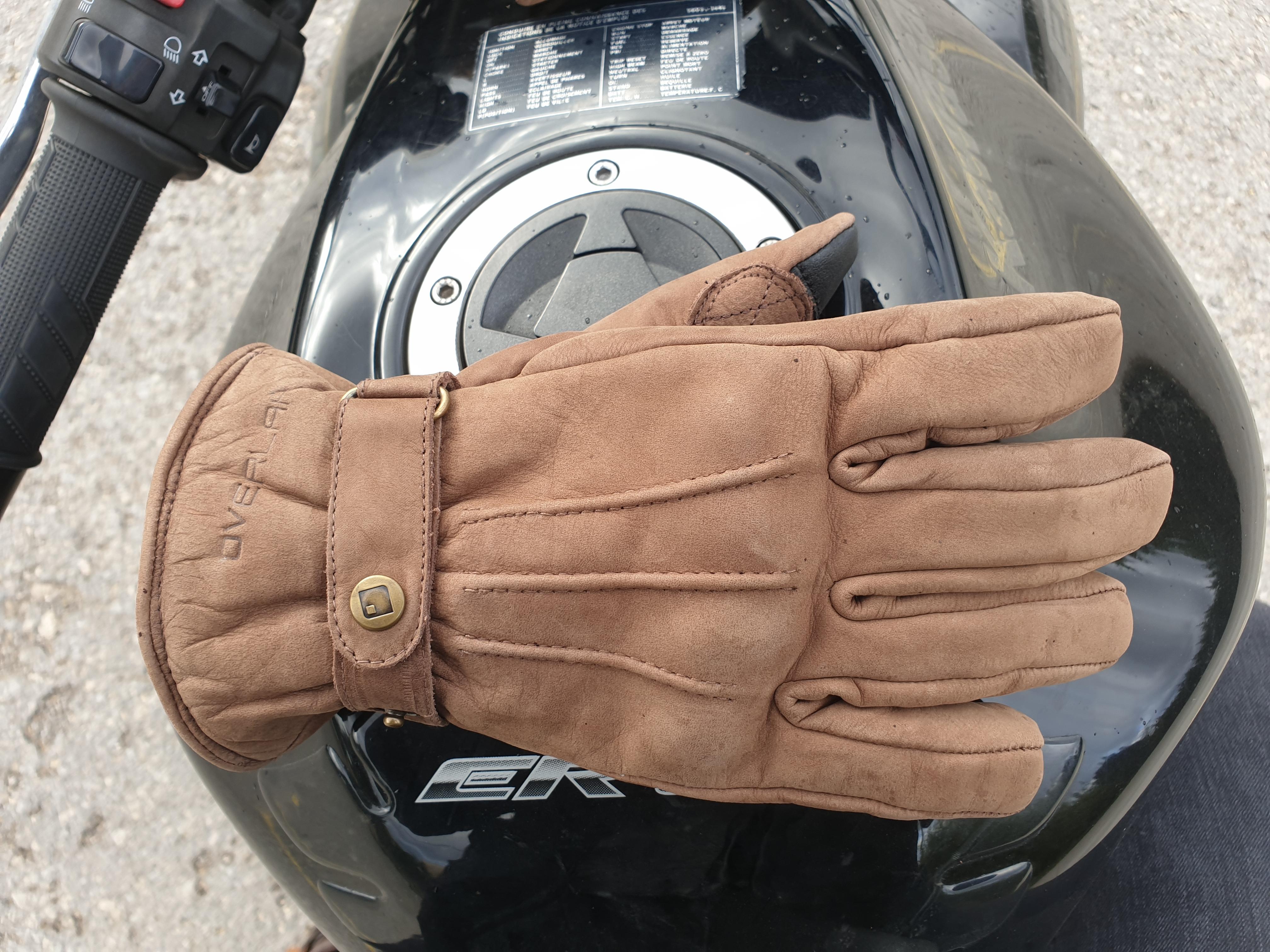 cuir suédé pour les gants Overlap London Lady