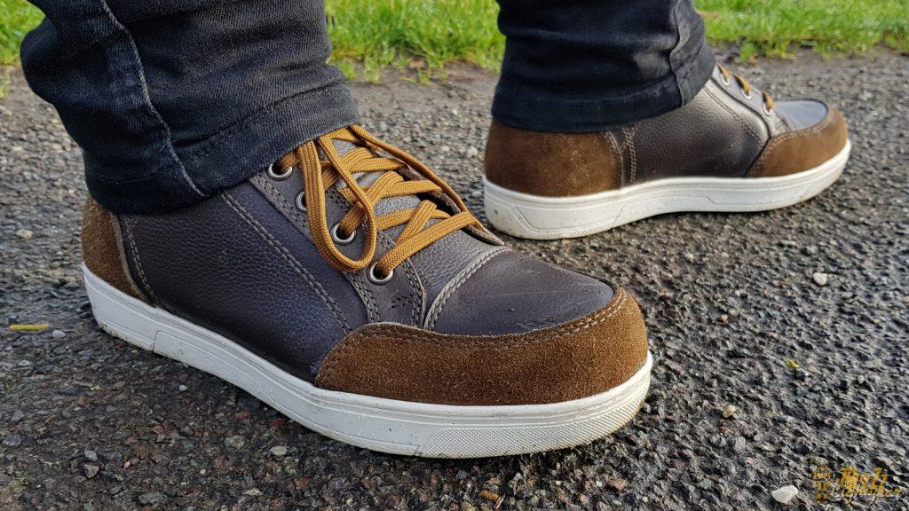 Les chaussures DXR Santa Cruz passent inaperçues au quotidien