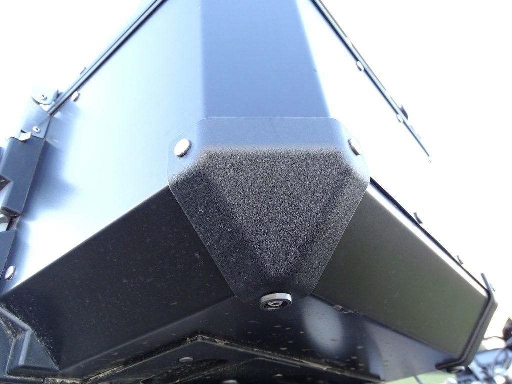 Angles renforcés pour le top case Kappa Monokey K-Venture