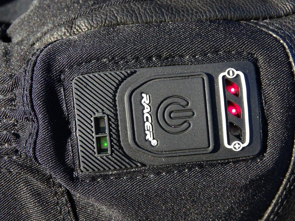 Le bouton d'allumage centralise les informations du niveau de charge et de niveau de chauffe choisi