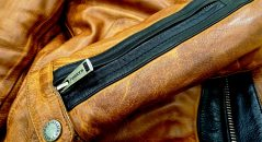 Zip sur les manches du blouson Helstons Randall