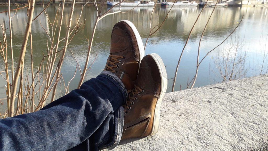 Renfort sélecteur en cuir embossé sur les chaussures V Quattro X-Urban