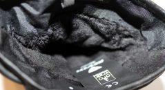 A l'intérieur des gants, la doublure en fourrure à poils longs est un atout bénéfique pour le maintien de la chaleur.