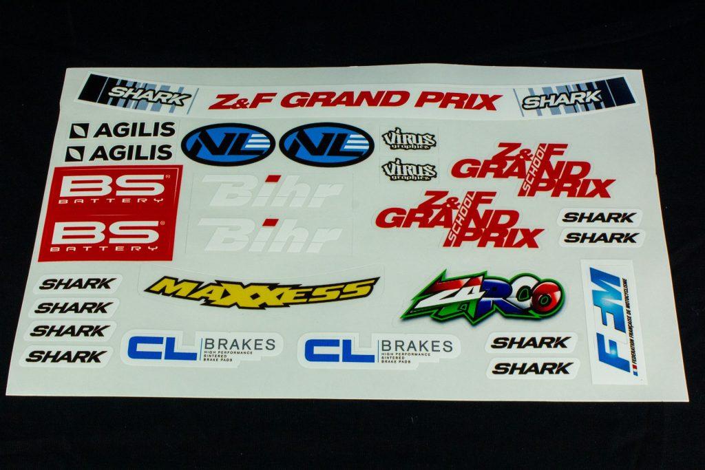 Planche de stickers livrée avec le casque Shark Race-R Pro GP