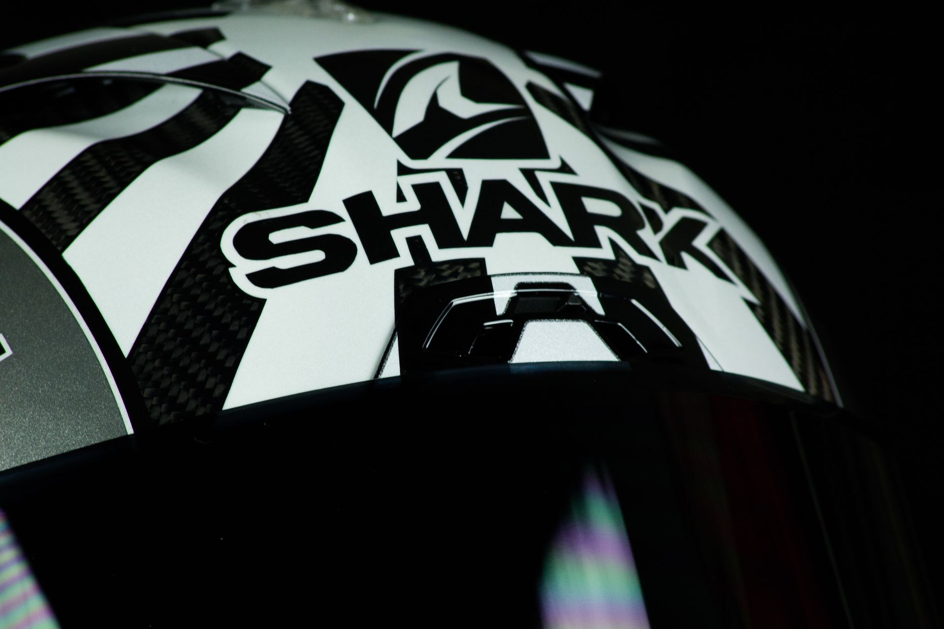 Ventilation frontale du casque Shark Race-R Pro GP