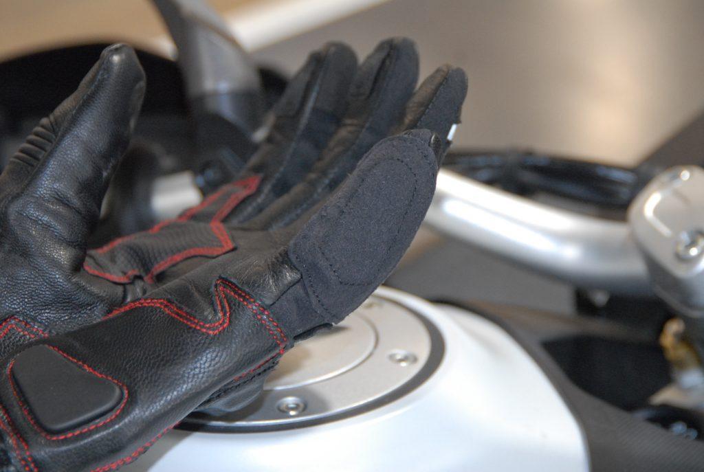 Insert pour essuyer les écrans sur les gants Bering Arkade