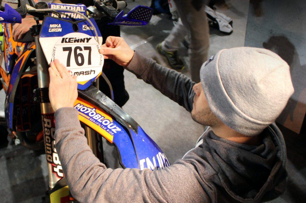 Mika portera le numéro 767, surveillez-le !