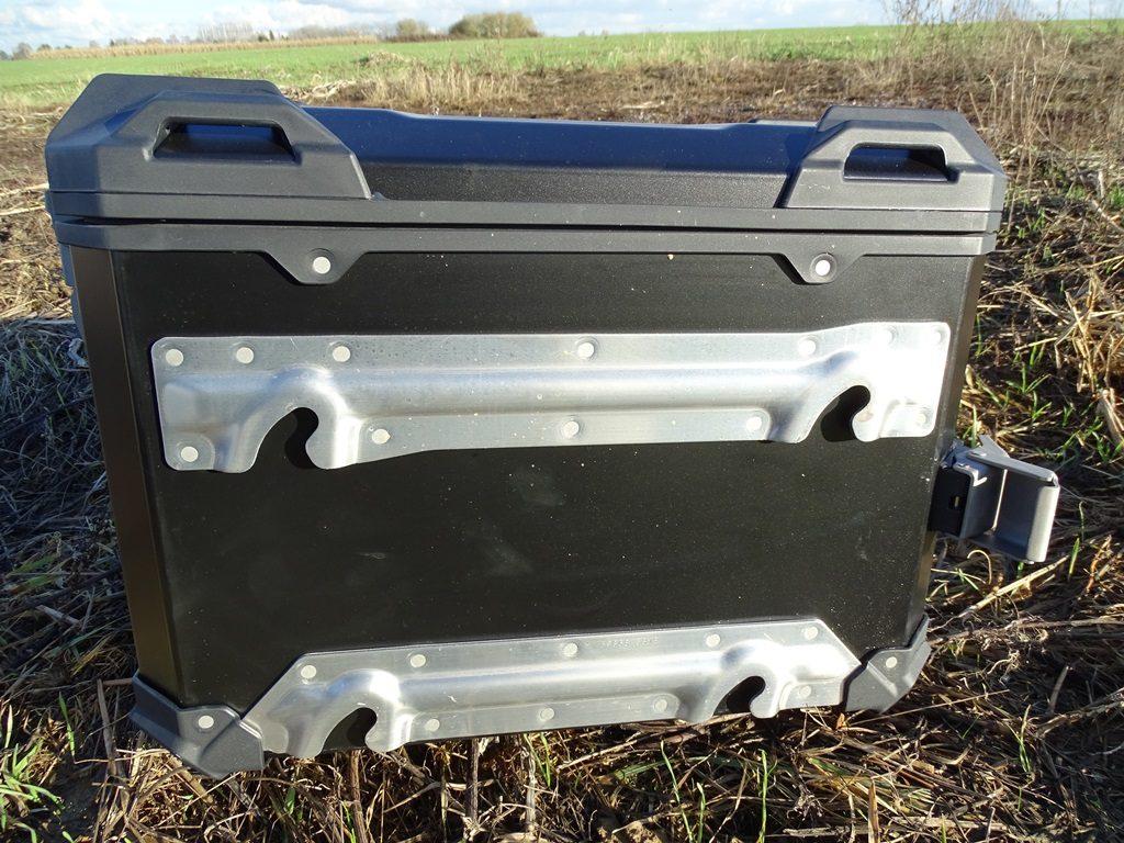 4 points d'ancrage sur les valises SW Motech Trax Adventure