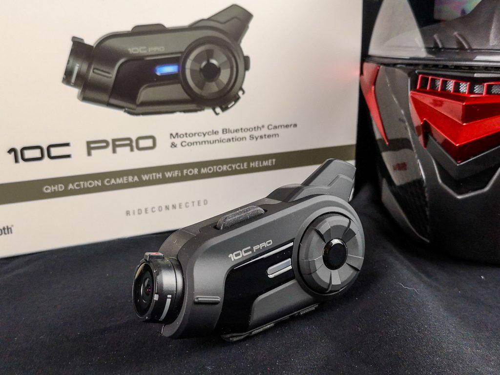Caméra embarquée Sena 10C Pro : un poids plume