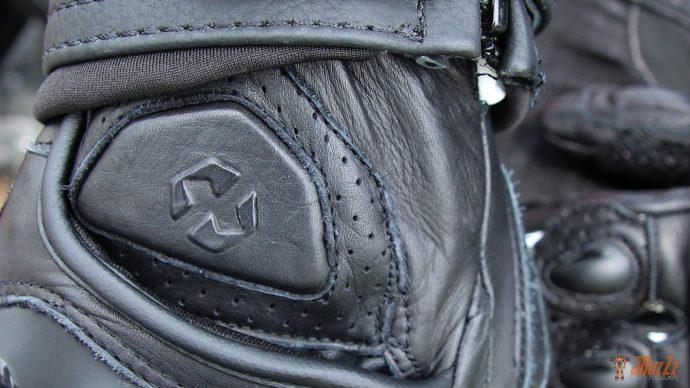 Look racé pour les gants DXR Curbstones