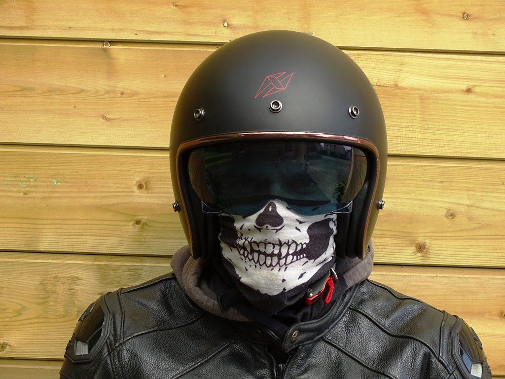 Vue de face du casque jet Dexter Element